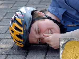 Велошлем защищает при падении