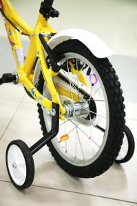 дополнительные колеса для детских велосипедов