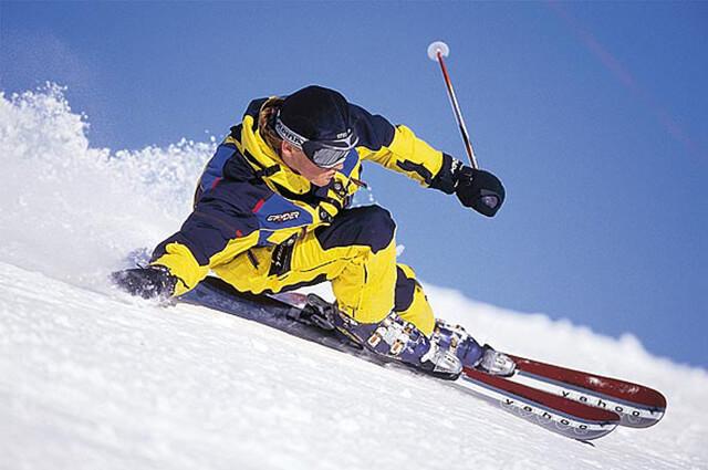выбраем горные лыжи для всей семьи