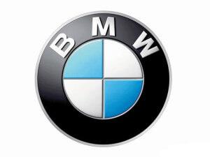Лейбл немецкого автоконцерна BMW