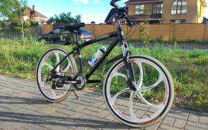 Велосипед на литых дисках BMW X1