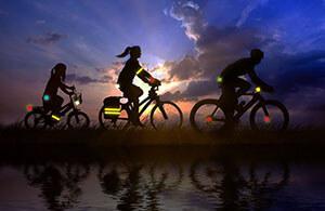 Светоотражатели на одежду велосипедиста своими руками