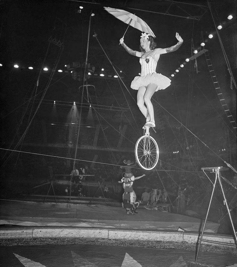 Советский цирковой велосипед